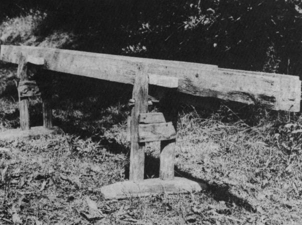 Skottbenken. Bilete skanna frå artikkelen til Arne Vennevik i Årbok for Namdalen 1981