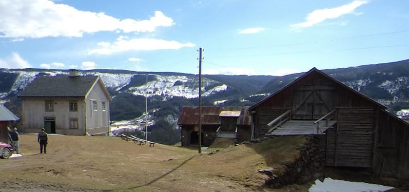 Gården Ulsrud i Vestre Gausdal er i dag eigd av Gausdal historielag. Foto: Jørn Ulven