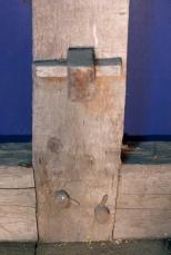 Kilen som låser spenntappen. Foto: Niels J. Røine