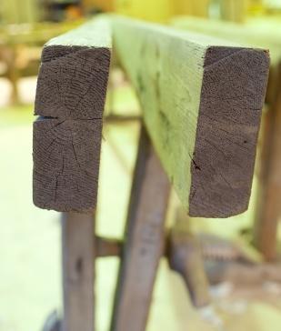 """Langborda er 2"""" x 5 ½"""" . Det eine har marg i og det andre har marg inn. Foto: Roald Renmælmo"""